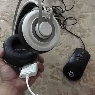 Paket Complete Headsets+Mouse+Mouse pad(Full box)