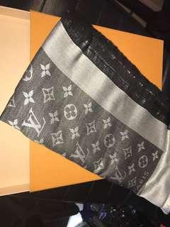 LV scarf 142cm x142cm 純羊毛混真絲 全新購自法國 保證真品