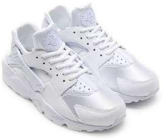 Nike White Hurache
