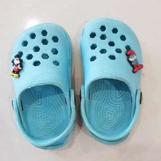 Baby shoes/clogs
