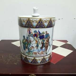 CAMUS干邑陶瓷酒瓶