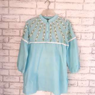 (Preloved) Tunik / atasan Biru kombinasi bordir