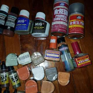 Mig pigments / pigment fixer / resin / surface primer / vallejo model air