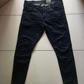 Celana jeans Wrangler Bryson keren skinny fit stratch