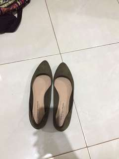Christian siriano flat shoes