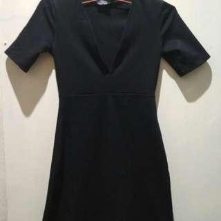 Mini black dress Zara