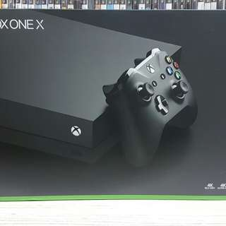 XBOX ONE X Console (Slightly Used Only.)