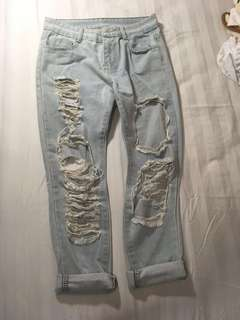 light blue distressed/ frayed/ ripped denim boyfriend jeans (high waisted)