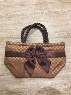 Naraya bag with ribbon