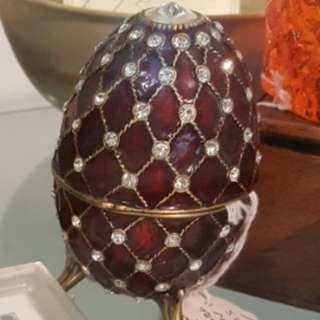蛋型首飾盒