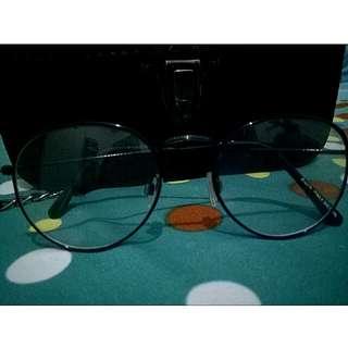 Kacamata vintage boho