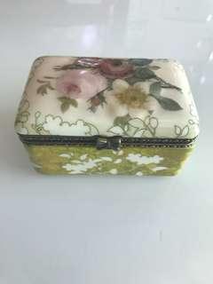音樂盒music box