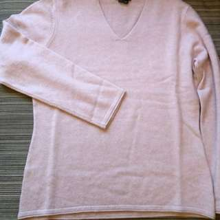 (BRAND NEW) Theory 100% cashmere dirty pink colour sweater (Size M) Sample -LAST piece