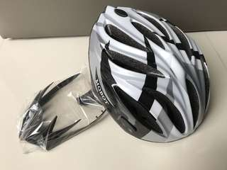 MOBOT Bicycle Helmet (size L)