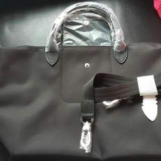 Longchamp 全新厚料中size