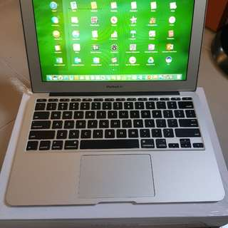 Macbook mulus 98% like new