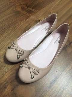 Maud Frizon 's shoes