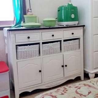 Lemari rak dapur