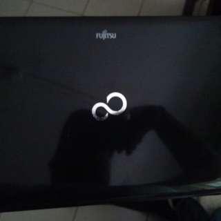 Fujitsu laptop 3GB ram
