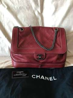 Chanel red colour handbag Full Set (big size) 2 way