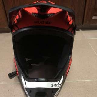 Seven idp helmet for escooter/motorbikes