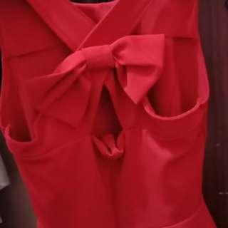 Baju pita merah