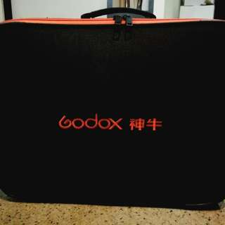 Godox CB-09 outdoor carry case for AD600