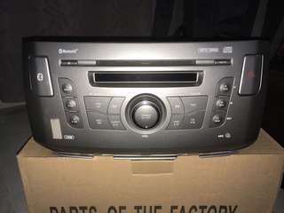 Alza SE Radio/DVD Player Original