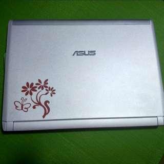 Asus 13 inch laptop