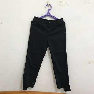 🚚 [全新]夏天穿起來超級瘦的-刷破老爺褲-