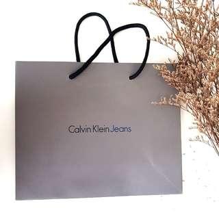 Calvin klein Jeans Paper Bag #Bajet20