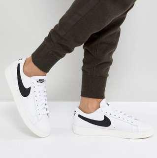Nike Blazer Trainers Black White