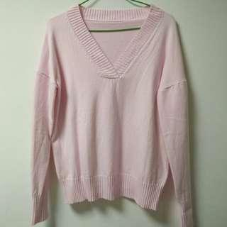 V領粉色毛衣