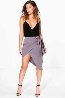 Assymetical skirt in grey / purple / smoke