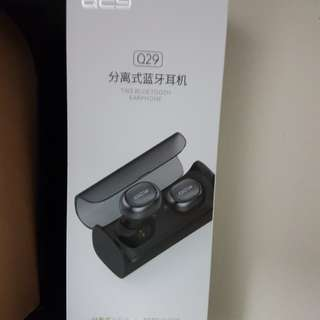 QCY Q29 wireless earpiece