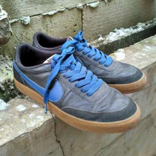NIKE shoes original gumsole