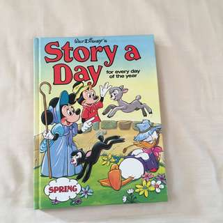 Walt Disney Grolier Books A Story A Day