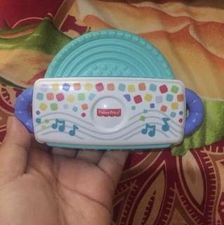 Teether fisher price music