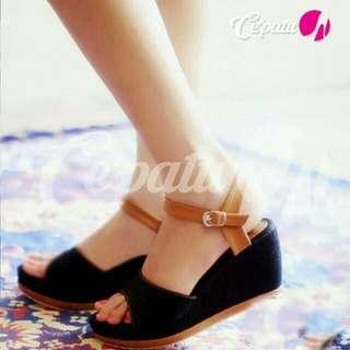 Wedges / sandal sepatu wanita