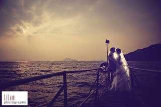 婚紗攝影推廣$7880包拍攝+化妝+婚紗禮服+相簿油畫+專車接送