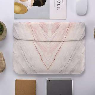 BN Instock Minimalistic Marble Effect Laptop Sleeve
