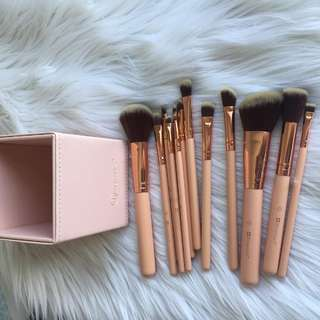 BH Brush Set