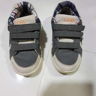 White/Grey Boys Shoe