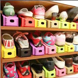 Space saving shoe storage organiser