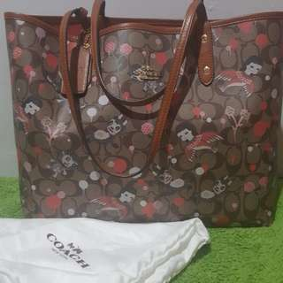 Coach tote reversible (stocklot)