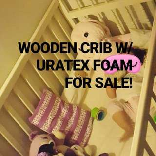 Wooden crib with uratex foam