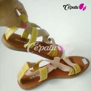 KODE : CFS 311 Flat shoes / Sandal sepatu wanita