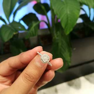 (REPRICED) Illusion Diamond Ring with jewelry report certificate