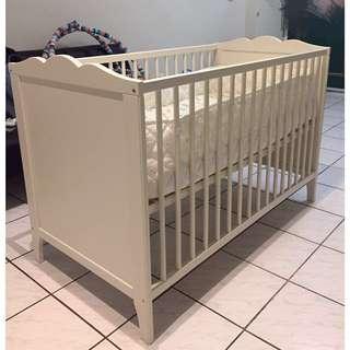 IKEA宜家嬰兒床床墊床包防護床欄