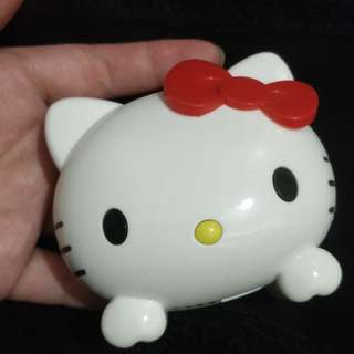 Hello Kitty power bank portable charger充電寶 充電器 尿袋